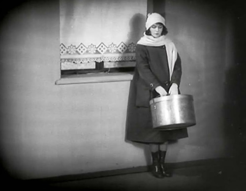Kennington Bioscope Presents The Girl With The Hatbox 1927 The